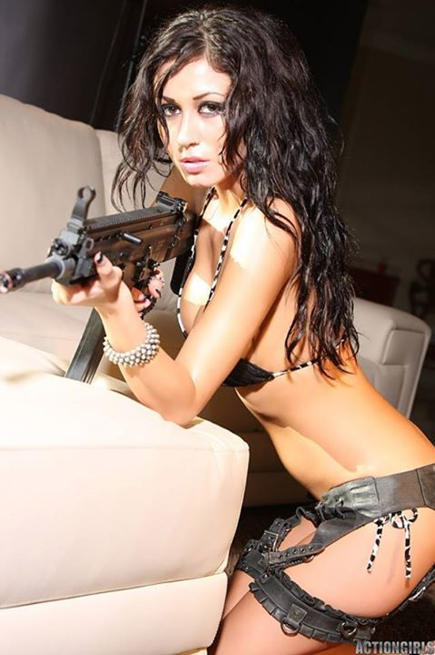 brunette-with-assault-rifle